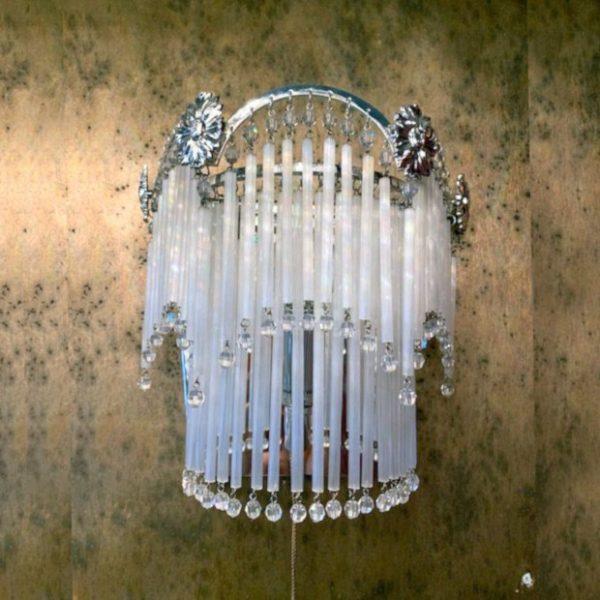 Бра стеклянное белого цвета с хрусталем FAUSTIG, артикул 20100.5/1S