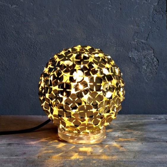 Светодиодная лампа Terzani в виде шара из золотых лепестков, M50B CHL
